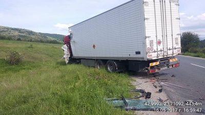 Пътна помощ камиони 3